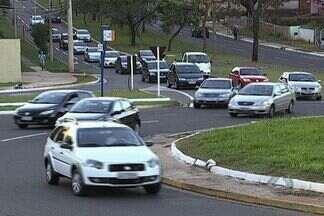 Projeto Cidadão: atribuições da prefeitura sobre trânsito - Garantir a mobilidade urbana, ordenar o tráfego de veículos e passagem de pedestres são algumas atribuições da prefeitura. Esse trabalho também pode ter a contribuição da população.