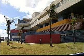 ES tem novo hospital com 424 leitos na Serra, diz governo - Estabelecimento que fica na Serra abre as portas nesta segunda-feira (25).Do total, são 40 leitos para UTI e 40 unidade neonatal.