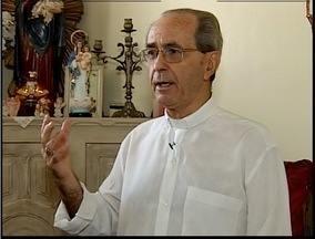 Dom Odilon, bispo da diocese de Itabira- Fabriciano fala sobre sua renúncia - Dom Odilon, bispo da diocese de Itabira- Fabriciano fala sobre sua renúncia.