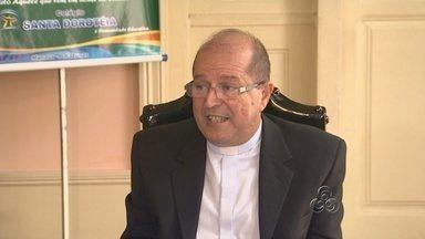 Novo arcebispo de Manaus toma posse no sábado - Em entrevista coletiva, Dom Sérgio Eduardo Castriani fala sobre como pretende comandar a Igreja Católica na capital.