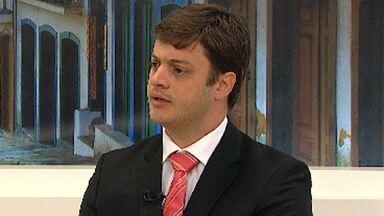 Advogado criminalista explica como vai funcionar julgamento do goleiro Bruno - Quem fala sobre o assunto é Marcelo Peixoto.