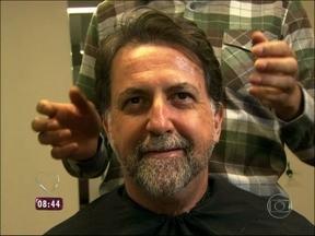 Barba, cabelo e bigode: veja primeiro passo da transformação de Ori - Representante comercial muda o 'look' no Mais Você