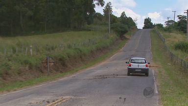 Estrada precária gera prejuízos para agricultores de São João da Boa Vista - Estrada precária gera prejuízos para agricultores de São João da Boa Vista.