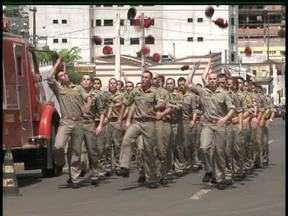 Guarapuava e região ganham reforço de 25 bombeiros a partir de segunda-feira - Foram 10 meses de preparação. A formatura da nova turma foi nesta sexta-feira (8) pela manhã.