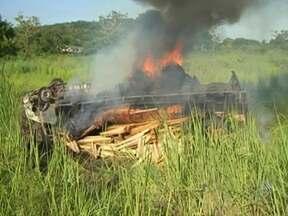 Corpos das vítimas de dois acidentes na BR-101 devem ser enterrados nesta quinta - Um dos acidentes aconteceu na tarde da última quarta, perto de Buerarema.