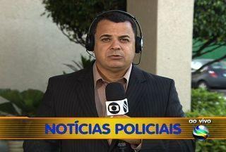 Criminoso armado assalta loja no Centro de Aracaju - Em plena 17h da tarde, um criminoso assaltou uma loja de carimbos no Calçadão da Rua João Pessoa, no Centro de Aracaju. Homem tentou levar R$250, mas polícia conseguiu pega-lo. Confira a ronda policial de hoje (14).