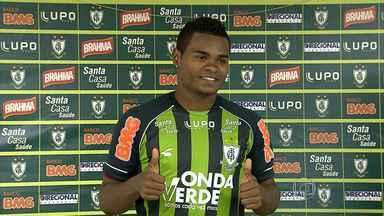 Nikão é o novo meio-campo do América de Belo Horizonte - Após derrota para o Atlético-MG, time tenta se manter na primeira divisão.