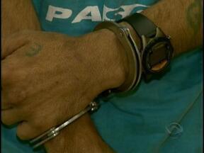 'Flanelinha' é preso em flagrante após agressão com rodo de limpador de parabrisas - 'Flanelinha' é preso em flagrante após agressão com rodo de limpador de parabrisas