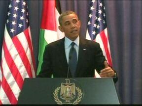 Barack Obama visita os territórios palestinos ocupados por Israel - Obama foi recebido pelo presidente da autoridade palestina, Mahmoud Abbas, em Ramala. Ele disse que os assentamentos ilegais israelenses em territórios palestinos atrapalham as negociações de paz.