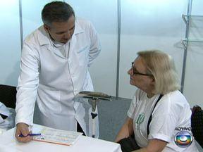 Idosos podem fazer exames médicos gratuitos em São Paulo - Por dois dias, idosos podem fazer exames médicos gratuitos e receber orientação sobre saúde e bem estar em São Paulo. É possível, por exemplo, fazer testes oftalmológicos, medir a pressão e verificar o nível de açúcar no sangue.