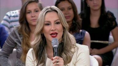 Claudia Leitte relembra início difícil: 'Ganhava R$ 150 por show' - Cantora fala de sua mudança de estilo ao longo da carreira