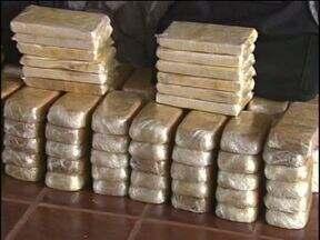 Aumenta prisão de pequenos traficantes de drogas - Número de homicídios diminuiu. Polícia acredita que números sejam resultado do combate mais apertado ao tráfico.