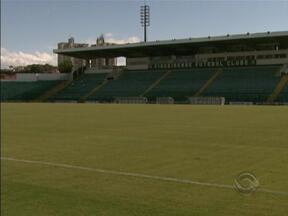 Estádio Orlando Scarpelli é vistoriado para show de Roberto Carlos - Cúpula da segurança pública acerta detalhes para show de Roberto Carlos.