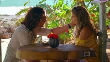 Flor do Caribe - capítulo de terça-feira, dia 26/03/2013, na íntegra - Alberto pede Ester em casamento