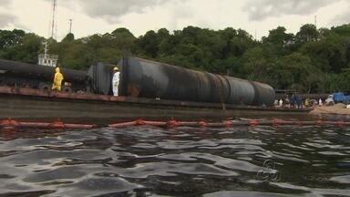 Pesquisador fala sobre dano causado por vazamento de óleo no Rio Negro - Para o diretor do Inpa, independente da quantidade derramada, o acidente é extremante grave