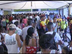 Movimento é grande no ferry boat e rodoviária de Salvador nesta sexta-feira - Movimento é grande no ferry boat e rodoviária nesta sexta-feira.