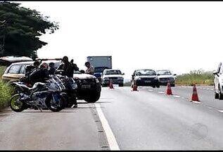 PRF realiza Operação Semana Santa até segunda-feira em Uberlândia, MG - Orientação é intensificar os testes com bafômetro nas rodovias que cortam a cidade.