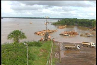 Bombeiros ainda tentam localizar trabalhadores desaparecidos no Rio Amazonas - Trinta e seis horas depois do desabamento do Porto de Santana, no Amapá, os trabalhadores continuam desaparecidos. O volume de entulho no Rio Amazonas dificulta muito o trabalho dos mergulhadores.