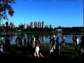 Pesquisa diz que morador de Curitiba gosta da cidade onde mora - Os habitantes do Centro acham que se a cidade crescer mais vai perder qualidade de vida. E quemmora nos bairros quer mais desenvolvimento.
