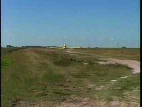 Aeronave que vai ajudar a combater incêndio no Taim já está na reserva - Amanhã outro avião reforça o trabalho.