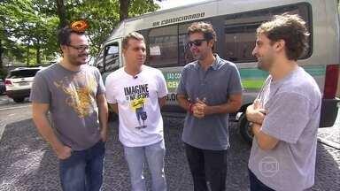 Huck reúne Danton, Mazzeo e Gregório para um passeio de van - O apresentador e os atores conheceram tipos divertidos no carro