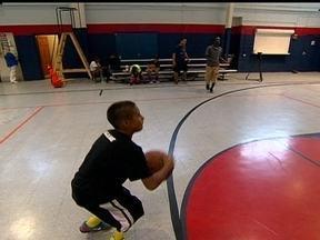 Detetive Virtual desvenda se vídeo de menino-prodígio do basquete é verdade ou mentira - O americano Julian Newman está sendo chamando de menino-prodígio do basquete. Será que ele é bom mesmo?
