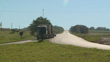 DER anuncia reforma de trevo de entrada de Dumont, SP - Moradores reclamam de acidentes no local.