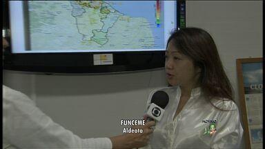 Após oito dias de calor, chuva ameniza a temperatura em Fortaleza - Deve chover nos próximos dias no Ceará.