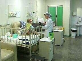 A permanência da Pró-Saúde no hospital municipal de Foz não tranquilizou funcionários - Os funcionários não sabem o que será deles depois que vencer o prazo de dois meses.