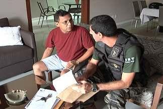 Ex-prefeito de Urbano Santos é preso - Aldenir Santana é acusado pelo Ministério Público de cometer crimes de subtração e apropriação de recursos públicos.