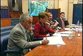 TV Câmara deve fazer modificação na grade para exibir sessões da CPI da KIss - Há 10 dias as sessões da CPI não são exibidas pela TV Câmara de Santa Maria, RS.