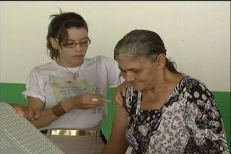 Sábado (20) foi realizado o dia D da campanha de vacinação contra a gripe - Sábado (20) foi realizado o dia D da campanha de vacinação contra a gripe. Crianças, idosos e gestantes tiveram acesso as doses da vacina em todos postos de saúde de Imperatriz.