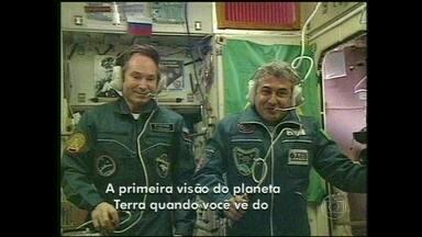 Marcos Pontes deu entrevista a Bonner diretamente do espaço - Astronauta lembrou de sua mãe durante viagem