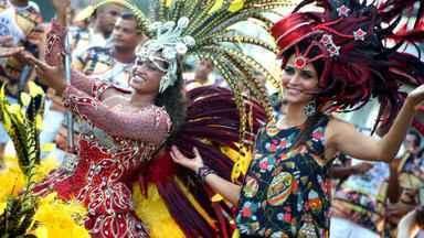 Fernanda Motta e Ricardo Pereira agitam com Escola de Samba de Guarapari - Mocidade Alegre de Olaria esquentou os bastidores do Dança da Galera na Praia da Areira Preta