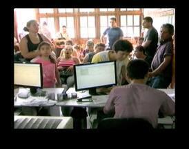 Movimento e grande em cartório de Uruguaiana para regularização do título de eleitor - Prazo se encerra nesta quinta-feira.