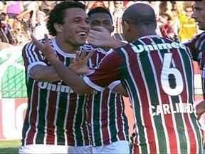 Fluminense goleia o Volta Redonda e está na final da Taça Rio - O São Paulo venceu o Penapolense no sufoco e vai fazer a semi contra o Timão. O Inter bateu o Veranópolis e ficou a uma vitória do tri. O Vitória derrotou o Bahia.