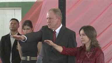 Eduardo Fouquet toma posse em Eldorado - O prefeito eleito Eduardo Fouquet (PMDB) tomou posse, nesta quarta-feira (1) em Eldorado, no Vale do Ribeira, interior de São Paulo.