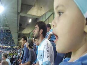 'Piratinha' conhece a Arena e torce por Barcos na Libertadores - Grêmio venceu o Santa Fé por 2 a 1 na noite dessa quarta-feira.