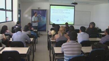 Oficinas e minicursos marcam segundo dia do Intercom - Profissionais da Rede Amazônica participam de debates e oficinas com estudantes de comunicação durante a edição deste ano do Intercom, em Manaus.