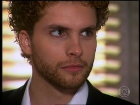 O Profeta - capítulo de sexta-feira, dia 03/05/2013, na íntegra - Tony é sequestrado no dia de seu casamento, mas Marcos e Carola conseguem salvá-lo.