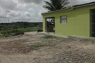 Violência na zona rural da Paraíba - Os assaltantes roubaram dinheiro e equipamentos eletrônicos de um sítio em Lagoa Seca.
