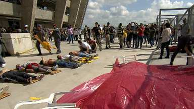 Mineirão recebe teste no esquema de segurança e socorro - Simulação com 150 vítimas serve de teste para Copa das Confederações.