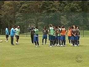 Grêmio treina intensamente para o próximo jogo contra o Santa Fé - O jogo acontece na próxima quinta-feira (16).
