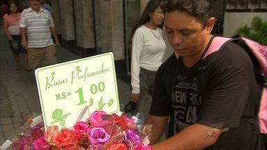 Compras para o Dia das Mães movimentam comércio - Compras para o Dia das Mães movimentam comércio em Fortaleza.