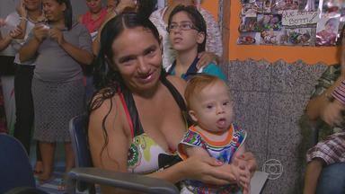 Mães que acompanham filhos em hospital do Recife são homenageadas - Elas cuidam dos filhos internados no Pronto Socorro Cardiológico de PE.