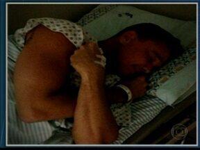 Netinho responde a tratamento realizado em hospital de SP - De acordo com os médicos, Netinho apresentou melhoras clínica e laboratorial. Ele também não respira mais com a ajuda de aparelhos. Mas o estado de saúde do cantor continua grave. Ele está internado na UTI do Hospital Sírio-Libanês, em São Paulo.