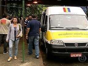 Novas vans já circulam pela Rocinha e Vidigal - No novo Sistema de Transporte Público Local (STPL), as vans vão ter uma cor padronizada e a passagem agora pode ser paga com o Bilhete Único Carioca. O sábado (18) também tem mudanças importantes no trânsito da região do Maracanã.
