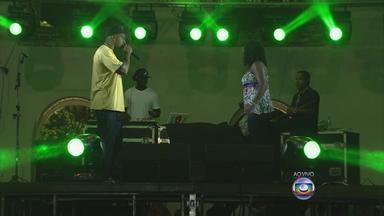 Festival de rap em Olinda reúne MV Bill, Kmila CDD e artistas locais - Evento acontece no Mercado Eufrásio Barbosa, a partir das 21h. Ingressos para o 'Rap du Bom' têm preço único de R$ 30.