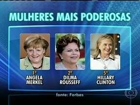 Dilma Rousseff sobe uma posição no ranking das mulheres mais poderosas do mundo - Segundo a Forbes, a mulher mais poderosa do mundo é a primeira-ministra alemã, Angela Merkel. Ela foi escolhida pela sétima vez nos últimos dez anos. Depois de dois anos como terceira colocada, Dilma Rousseff agora aparece em segundo lugar.