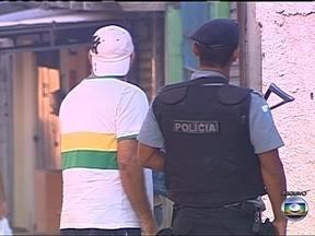 Anistia Internacional critica excesso do uso de força da polícia brasileira - Segundo o relatório, em São Paulo, os homicídios cresceram 15% no ano passado. A polícia respondeu com mais violência, e, principalmente nas regiões Norte e Nordeste, um número desproporcional de vítimas eram jovens negros.